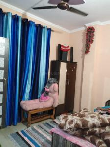 Gallery Cover Image of 450 Sq.ft 2 BHK Independent Floor for buy in Mandawali for 2000000
