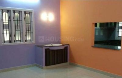 Gallery Cover Image of 1000 Sq.ft 3 BHK Independent Floor for buy in Sithalapakkam for 4400000
