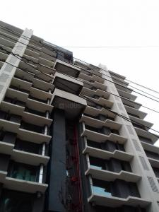 Gallery Cover Image of 1800 Sq.ft 3 BHK Apartment for rent in Vile Parle West for 100000