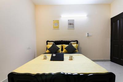 Bedroom Image of Oyo Life Chn1114 Srm University in Kattankulathur