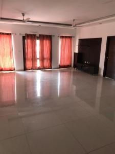 Gallery Cover Image of 2700 Sq.ft 3 BHK Apartment for rent in Kondapur for 45000
