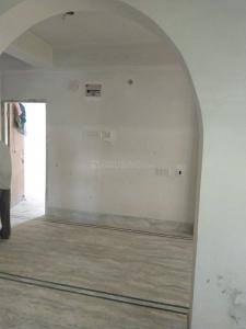 Gallery Cover Image of 800 Sq.ft 2 BHK Independent Floor for rent in Dum Dum for 8500