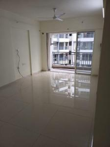 Gallery Cover Image of 800 Sq.ft 2 BHK Apartment for rent in Kalpataru Aura, Ghatkopar West for 52000