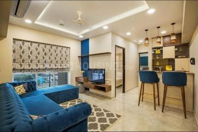Gallery Cover Image of 610 Sq.ft 1 BHK Apartment for buy in Lodha Amara Tower 26 27 28 30 34 35, Thane West for 6700000