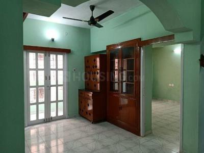 Gallery Cover Image of 1000 Sq.ft 2 BHK Apartment for rent in Porur for 21000