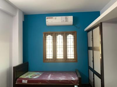 Bedroom Image of Women's Luxury PG in Ekkatuthangal