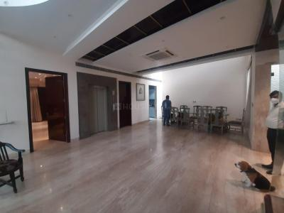 Gallery Cover Image of 14000 Sq.ft 7 BHK Villa for buy in Sector 44 for 105000000