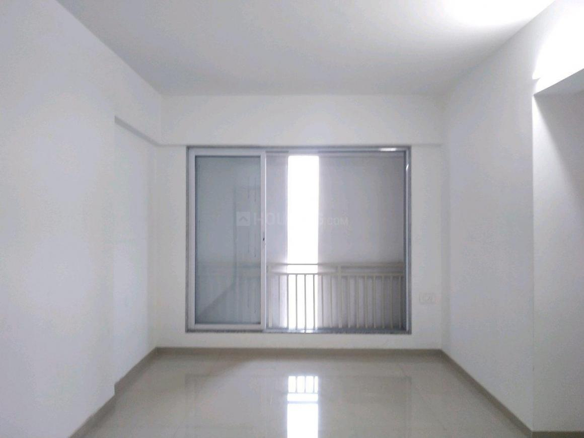 Living Room Image of 750 Sq.ft 1 BHK Apartment for buy in Mira Road East for 5800000