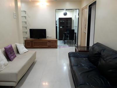 Gallery Cover Image of 800 Sq.ft 2 BHK Apartment for rent in Bandra West for 78000