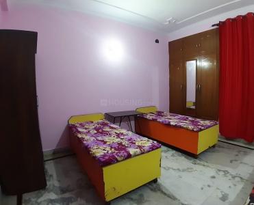 Bedroom Image of PG In Noida in Sector 62
