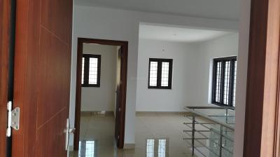 Gallery Cover Image of 1550 Sq.ft 3 BHK Independent House for buy in Vadakkanthara for 5548000