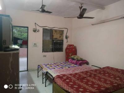 Bedroom Image of Homely Residency PG in Janakpuri