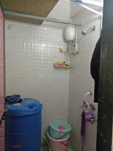 Bathroom Image of Kiran PG in Borivali West