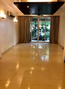 Gallery Cover Image of 2700 Sq.ft 3 BHK Independent Floor for rent in Defence Colony for 150000