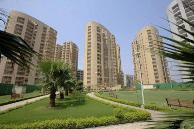 Gallery Cover Image of 1850 Sq.ft 3 BHK Apartment for buy in Suncity Parikrama, Sector 20 for 11300000