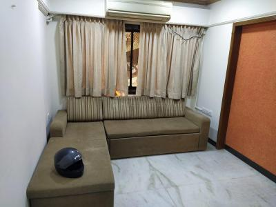 Gallery Cover Image of 890 Sq.ft 2 BHK Apartment for rent in Borivali East for 35000