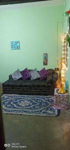 Gallery Cover Image of 750 Sq.ft 2 BHK Independent House for rent in Birati for 5000
