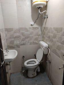 Common Bathroom Image of Sai Boys PG With Food in Govindpuri