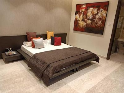 Gallery Cover Image of 2600 Sq.ft 4 BHK Apartment for rent in Lower Parel for 400000