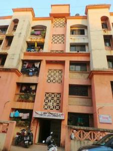Gallery Cover Image of 880 Sq.ft 2 BHK Apartment for rent in Kalyan West for 9500