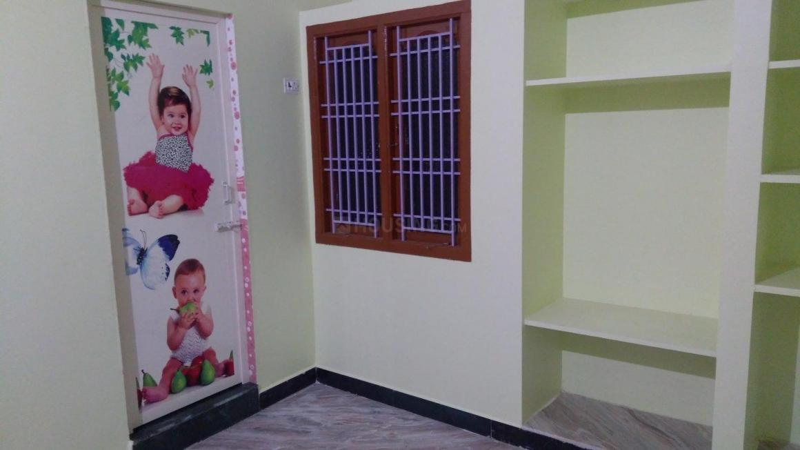 Bedroom One Image of 810 Sq.ft 2 BHK Independent House for rent in Vanagaram  for 10000