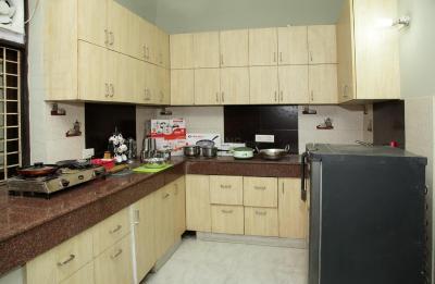 पीजी 4643056 सेक्टर 56 इन सेक्टर 56 के किचन की तस्वीर