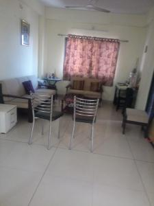 Gallery Cover Image of 1250 Sq.ft 2 BHK Apartment for buy in Manjalpur for 4600000