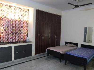 Bedroom Image of Girls PG in Sector 27