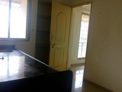 Gallery Cover Image of 600 Sq.ft 1 BHK Apartment for rent in Thane East for 16000