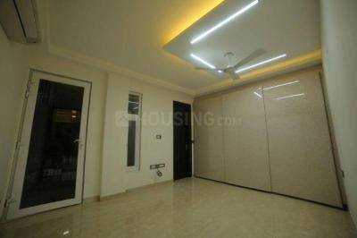 Gallery Cover Image of 1350 Sq.ft 3 BHK Independent Floor for buy in Chittaranjan Park for 24500000