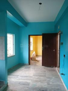Gallery Cover Image of 525 Sq.ft 1 BHK Apartment for rent in Narayani Apartment, Keshtopur for 6500