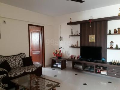 Gallery Cover Image of 1210 Sq.ft 2 BHK Apartment for buy in Vahe Imperial Gardens, Halasahalli for 6000000