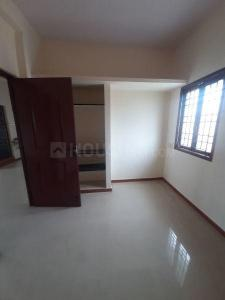 Gallery Cover Image of 900 Sq.ft 2 BHK Apartment for rent in Nanmangalam for 8500