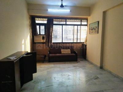 Gallery Cover Image of 650 Sq.ft 2 BHK Apartment for rent in Dadar West for 55000