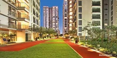 Gallery Cover Image of 2500 Sq.ft 4 BHK Apartment for buy in Rustomjee Seasons Wing B, Bandra East for 105000000