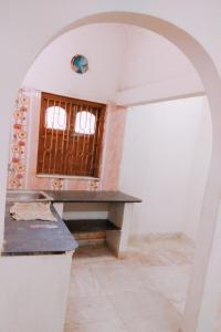 Gallery Cover Image of 600 Sq.ft 1 RK Apartment for rent in New Town for 6500