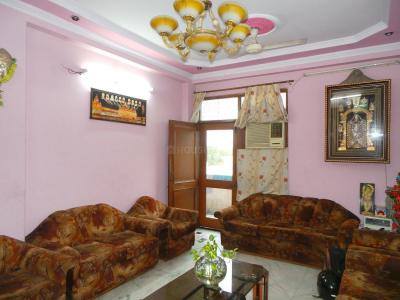 Gallery Cover Image of 1800 Sq.ft 3 BHK Apartment for buy in Kavi Nagar for 9000000
