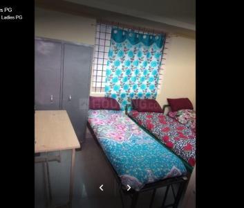 Bedroom Image of Sri Balaji Deluxe Ladies PG in Hongasandra