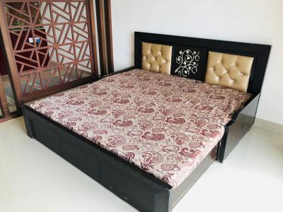 Gallery Cover Image of 595 Sq.ft 1 BHK Apartment for rent in Nimbus Hyde Park, Sector 78 for 15000