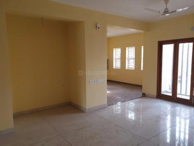 Gallery Cover Image of 1800 Sq.ft 3 BHK Apartment for rent in Kalyan Nagar for 32000