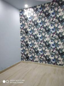 Gallery Cover Image of 412 Sq.ft 1 BHK Apartment for buy in Dwarka Mor for 1424152