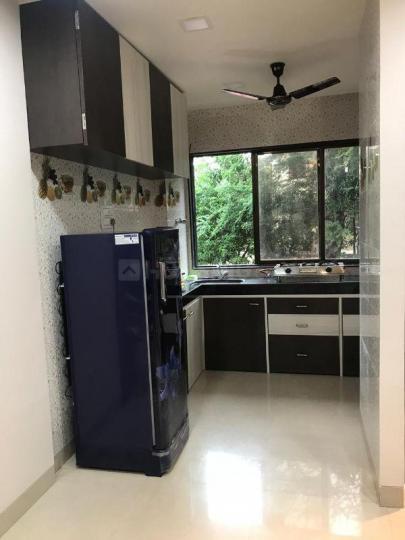 बोरीवली वेस्ट में मुंबई पीजी के किचन की तस्वीर