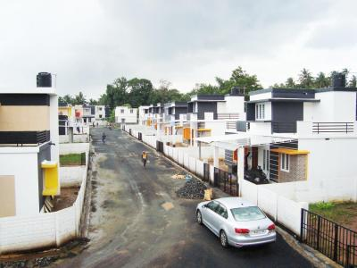 Gallery Cover Image of 910 Sq.ft 3 BHK Independent House for buy in Koppam for 2550000