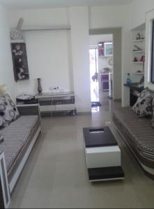Gallery Cover Image of 700 Sq.ft 1 BHK Apartment for rent in Kharadi for 20000