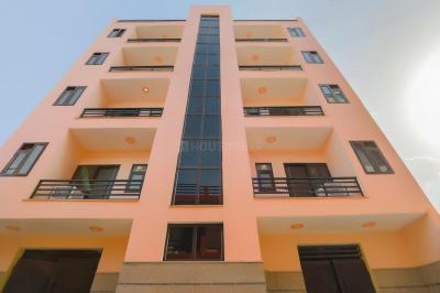 Building Image of Oyo Life Grg1517 in Sector 52