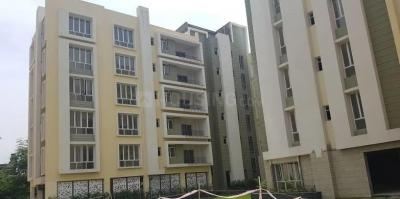 Gallery Cover Image of 2200 Sq.ft 4 BHK Apartment for rent in Space Clubtown Gardens, Ariadaha for 40000