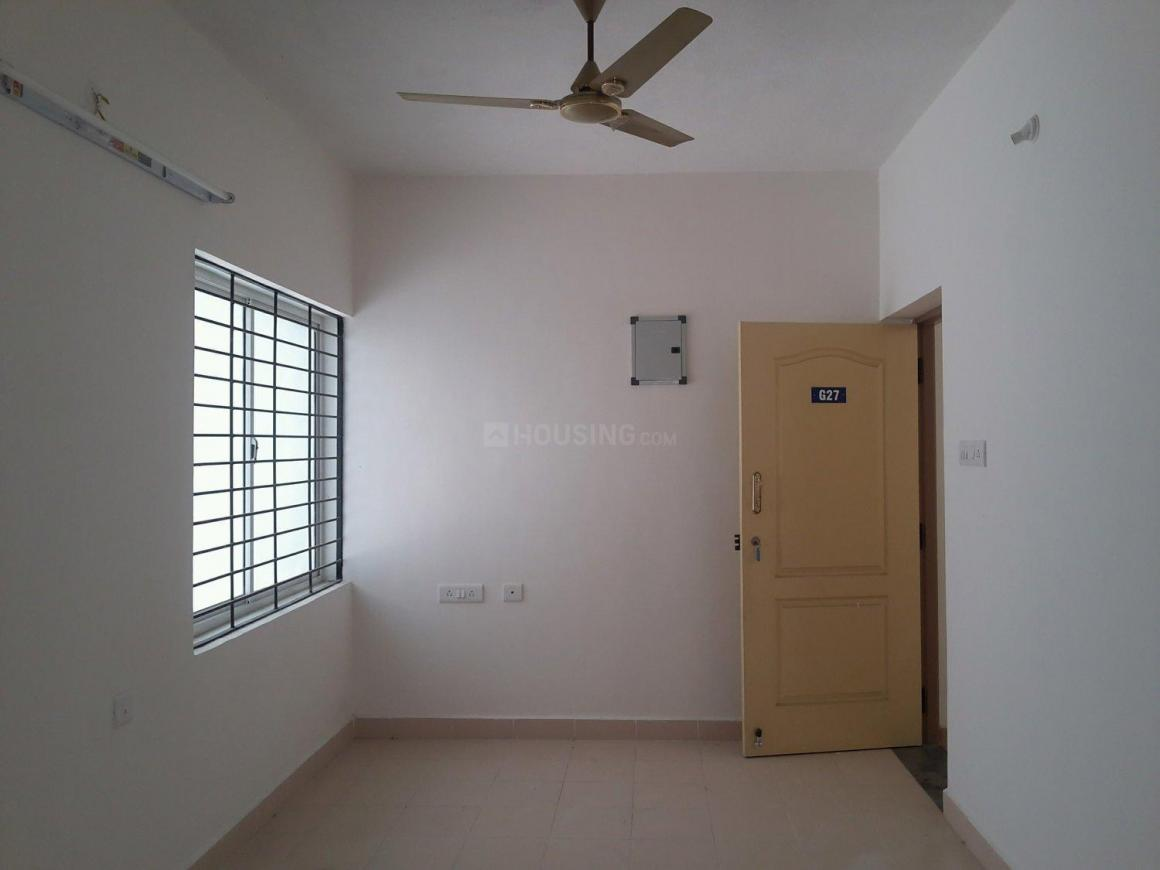 Living Room Image of 715 Sq.ft 2 BHK Apartment for rent in Oragadam for 7000