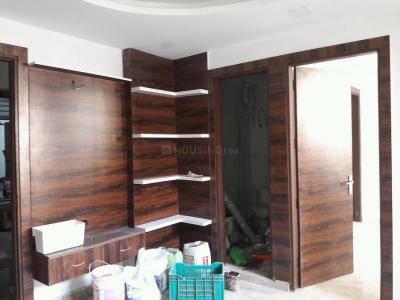 Gallery Cover Image of 650 Sq.ft 2 BHK Apartment for buy in Mahavir Enclave for 4200000