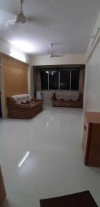 Gallery Cover Image of 550 Sq.ft 1 BHK Apartment for rent in Prabhadevi for 55000