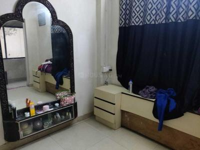 Gallery Cover Image of 1001 Sq.ft 2 BHK Apartment for rent in Juhu for 85000
